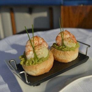 Paseo romántico en barco y cena en pareja - Mallorca