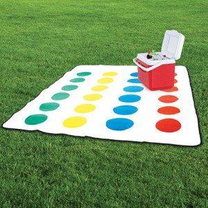 Manta para picnic Twister – diversión asegurada