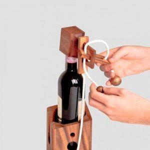 Tricky - El soporte para botellas que es todo un desafío