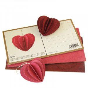 Postal de madera Lovi para montar en 3D corazon 6.8 cm granate