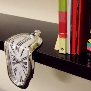 Reloj derretido - Un detalle subrealista para tu hogar