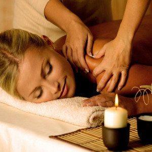 Tratamiento bienestar en Balneario de Archena: masaje pealing - Murcia