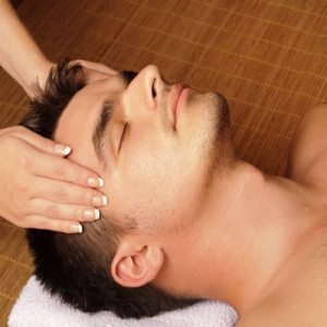 Tratamiento facial masculino - Valencia