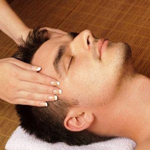 Tratamiento facial purificante y revitalizante masculino - Barcelona