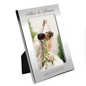 Marco de fotos personalizado con un grabado especial
