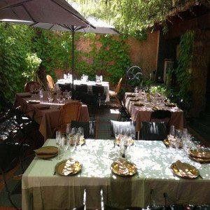 Visita a bodegas más cata de vinos y comida casera - Barcelona