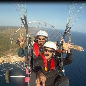 Vuelo de paramotor por costa sur - Mallorca