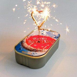 Pastel de emergencia con bengala - Ideal para fiestas de última hora